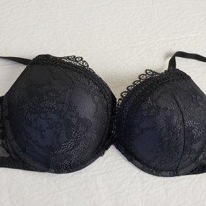 Victoria's Secret 36DD Very Sexy Push Up Bra NWOT